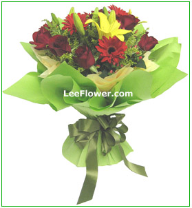 ( HB0039 )  Prestige  ~  Carnations, Gerberas with yellow peacock for Hand Bouquet.